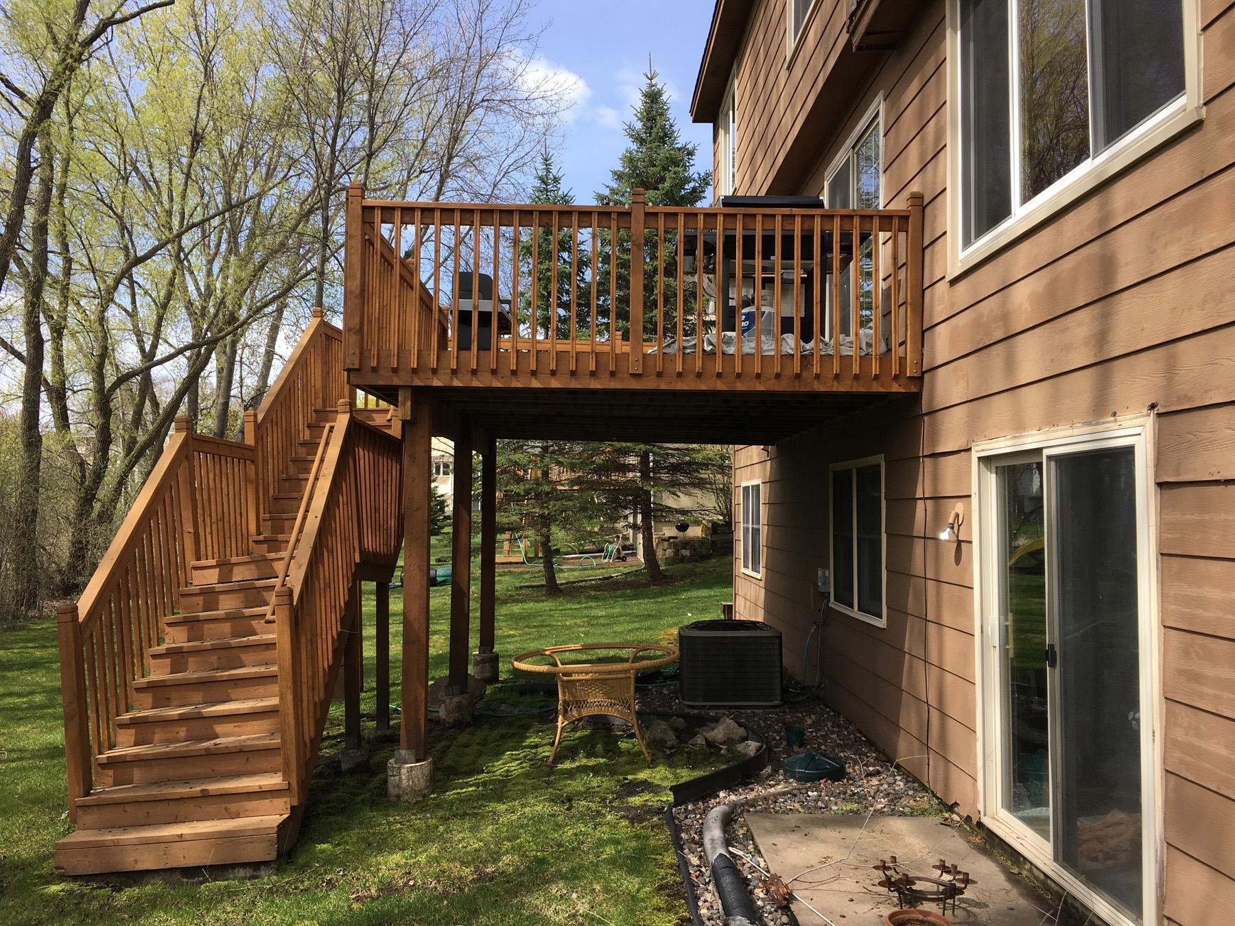 Shoreview Maintenance Free Deck