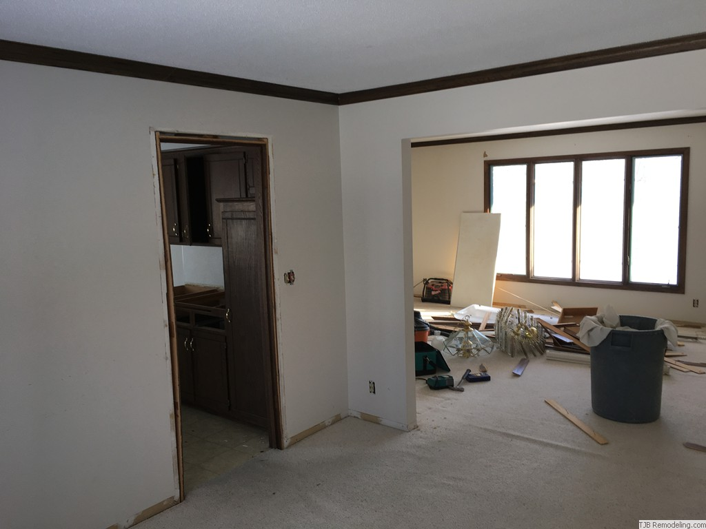 Before - Dinning Room to Family Room